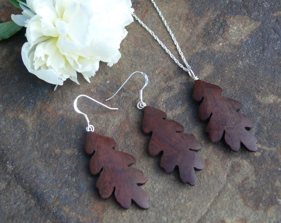 Oak leaf earrings & necklace, Oak leaf Jewelry Set, Sterling silver leaf earrings, Nature lover gift