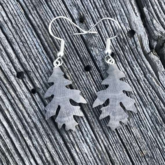 Wooden Oak Leaf earrings