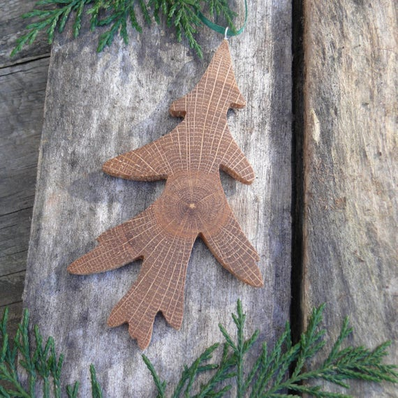 Natural wood Christmas Ornament, Oak leaf ornament, Eco christmas, Rustic Christmas Holiday decor, Nature Christmas Ornaments