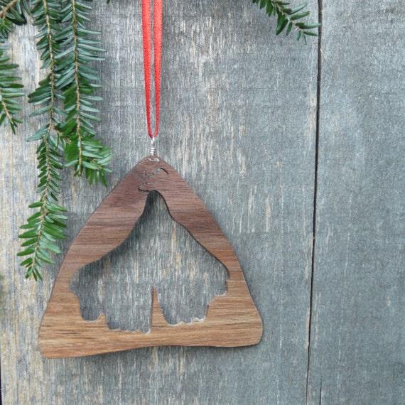 Natural wood Christmas ornament-Gingko leaf ornament-Eco Christmas-Green christmas-Rustic holiday decor-Natural home christmas-hand crafted