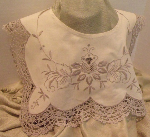 Hand Made Embroidery Collar with Vintage Crochet L