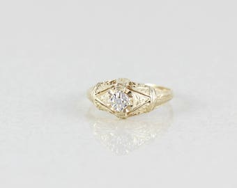 10k Yellow Gold Diamond Ring Vintage Size 7 1/4