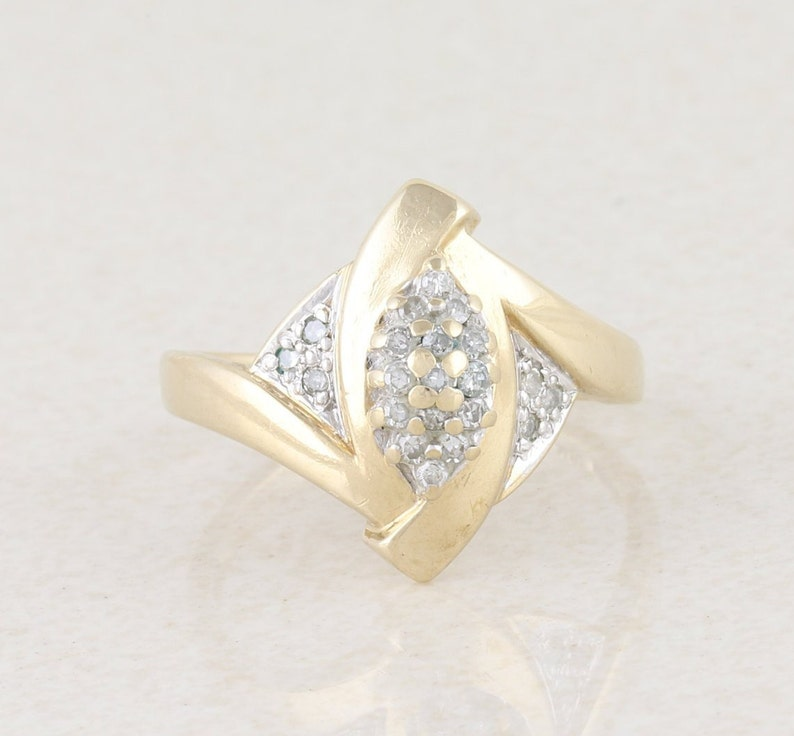 Diamond Cluster Ring 10k Yellow Gold Size 7 14