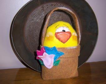Primitive Folk Art Easter Chick Peep In A Basket EPattern Shelf Sitter Ornie Tuck Digital Pattern Instant Download