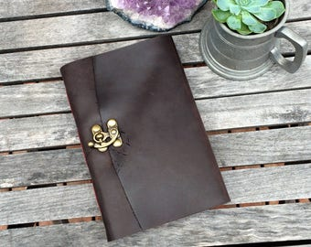 Hand Bound Leather Journal / Luxurious Paper / Australian Made