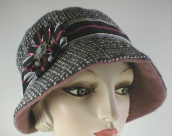 2b2cc7882e6 Burgundy cloche hat