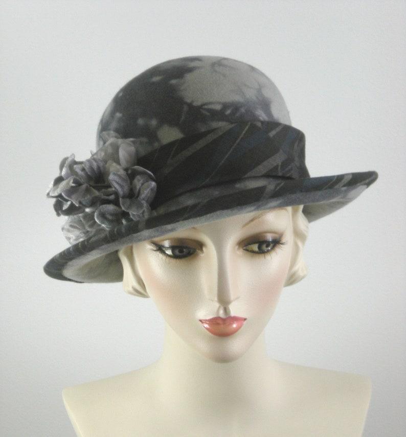 ea66b1a1f645b9 Women's 1920s style Gray Felt Cloche Hat Downton Abbey | Etsy