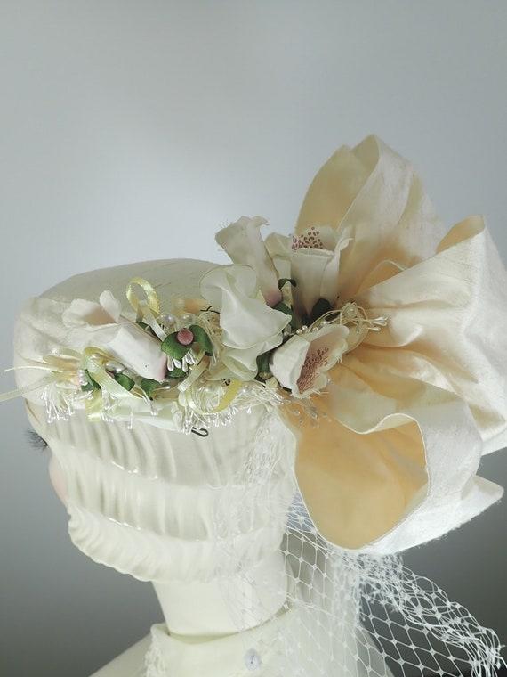 Ivory Wedding Hat. Silk 1990s Bridal Pillbox hat.… - image 5