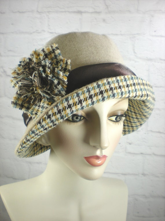 Womens Tan Winter Hat Ladies Beige Tweed Bucket Hat 1920s  656a5da4aa5