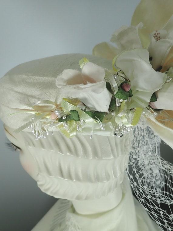 Ivory Wedding Hat. Silk 1990s Bridal Pillbox hat.… - image 4