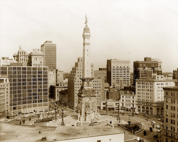 Old Indianapolis Skyline Print, Indianapolis  photo, Monument Circle, Indiana art print, Indianapolis City Scene, Indianapolis art Photo