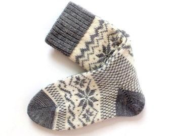 Classic Scandinavian Wool Socks with patterns. Women and Men wool socks. Gray wool socks.  Warm socks. Leg warmer.