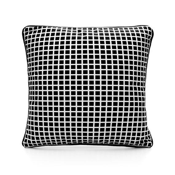 SCENERY LABEL Cushion Grid Black