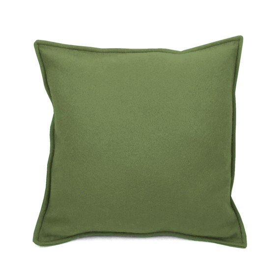 SCENERY LABEL Felt Cushion Olive