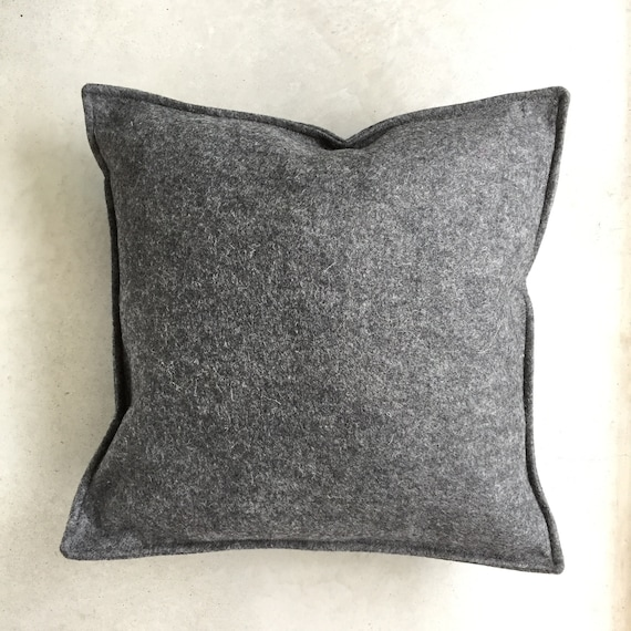 SCENERY LABEL Felt Cushion Slate