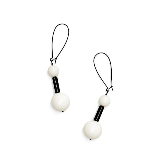 SCENERY LABEL Drop Earrings Ball