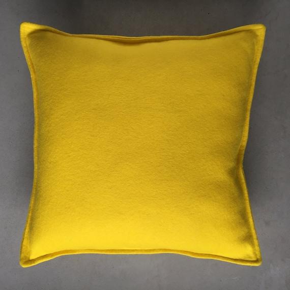 SCENERY LABEL Felt Cushion Yellow