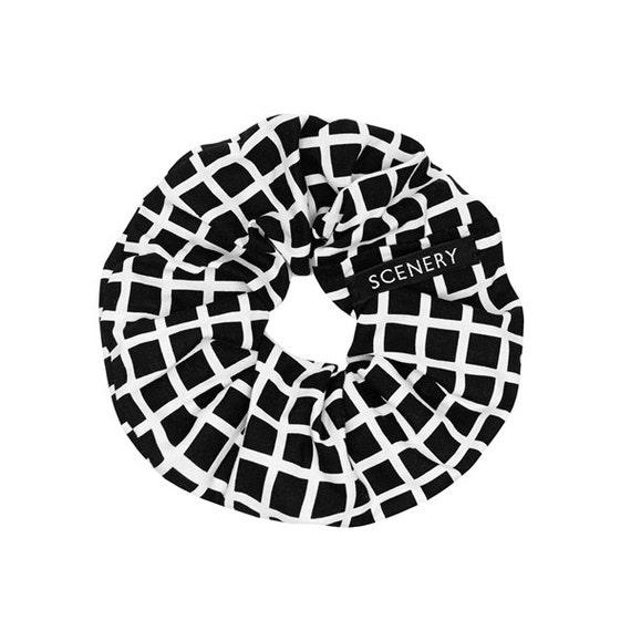SCENERY LABEL Scrunchie Grid