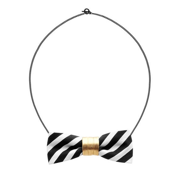 SCENERY LABEL Bow Chain Stripes