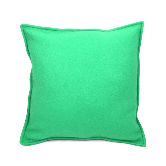 SCENERY LABEL Felt Cushion Pistachio