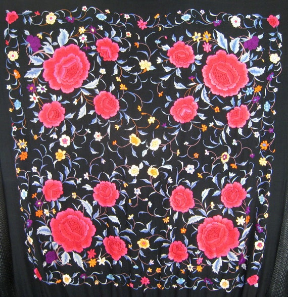 Art Deco Embroidered Piano Shawl Vintage Chinese S