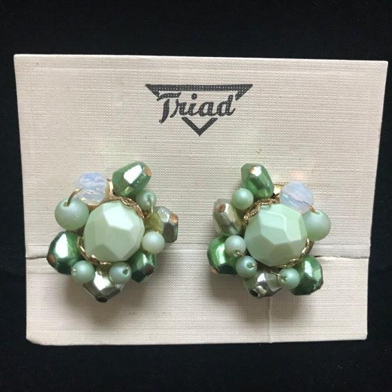 1950s Vintage green cluster beaded clip on earrings