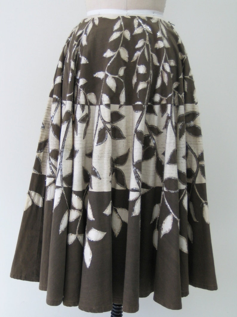 Brown and Creamy Beige Cotton Beautiful Leaf Print With Sequin Detailing. Vintage 1950s Classic Circle Skirt
