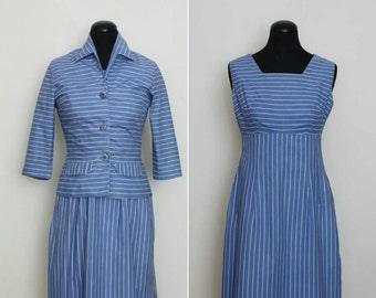 des années 1950 bleu rayé robe et veste tailleur