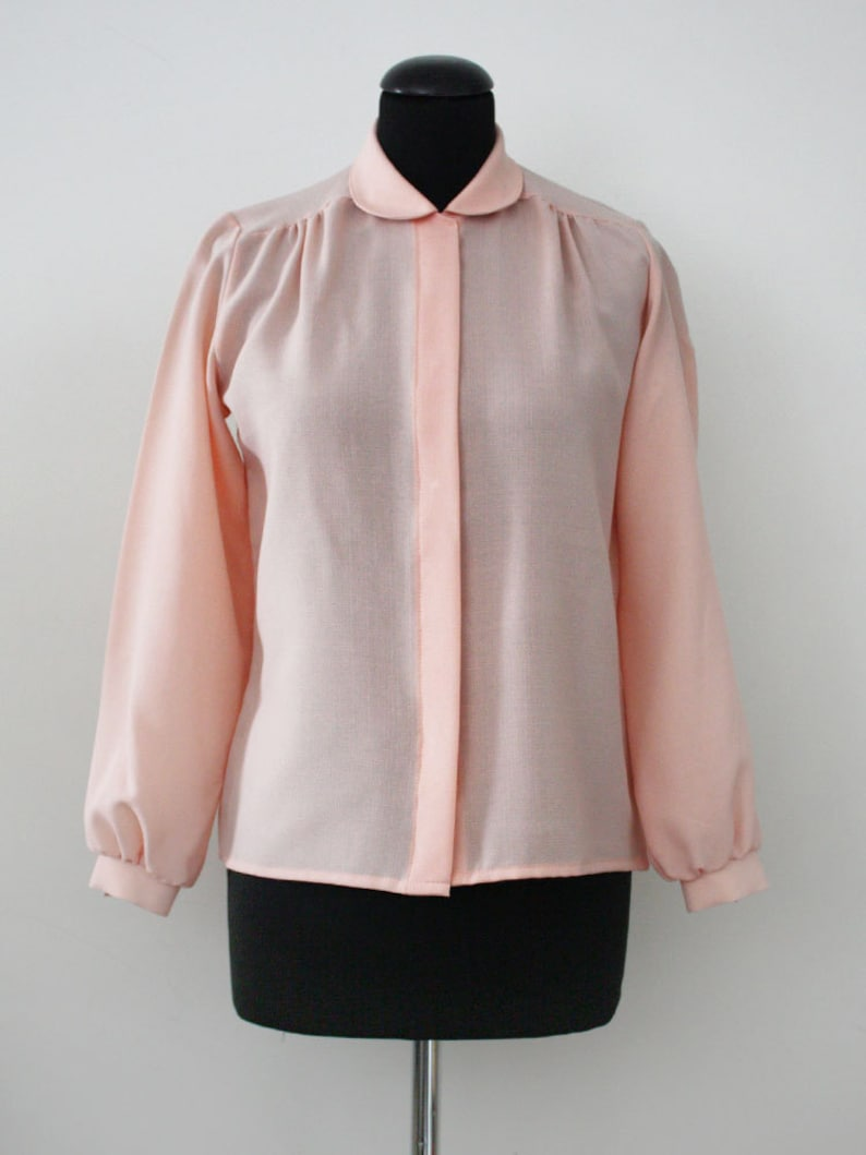 af901bee8e20b Peter Pan Collar Peach Vintage Blouse