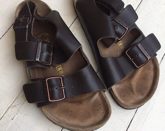 93a535982915 Vintage birkenstock sandals classic leather brown like new 7