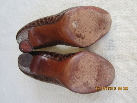 Alligator Peeptoe Heels Amazing 1940s Pinup Girl 4 inch Heels. 7.5M Gorgeous! SALE 10% Off
