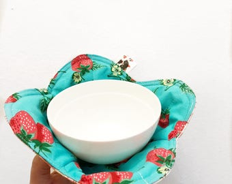 Modern Tulip Reversible Bowl Cozy, Gift , Cozies, microwave bowl cozy, Strawberries