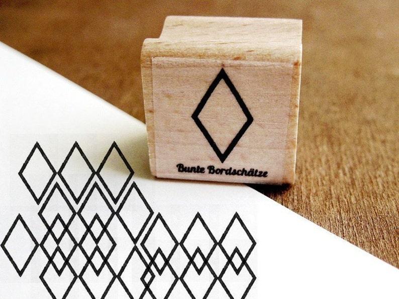 Stamp Diamond Contour image 0