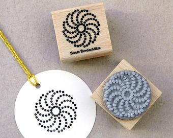 "Stamp Star Ornament, ""Shanice"" 3 x 3 cm"