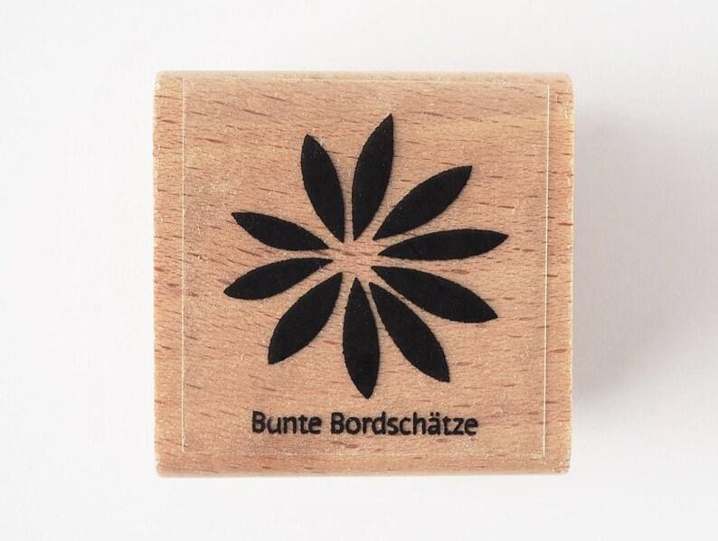 Stamp lupine leaf large image 0