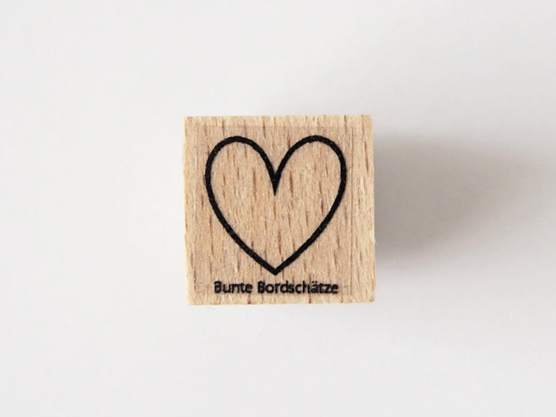 Stamp heart outlet image 0