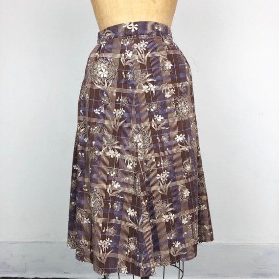 SWEET 1970's Brown Floral Plaid Cotton A-Line Skir
