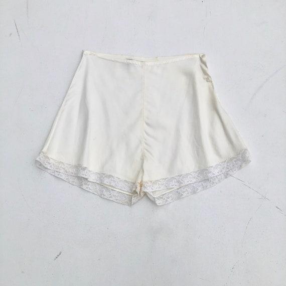 1940s White Rayon Tap Shorts XS