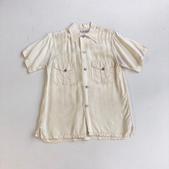 1940's Ivory Rayon Short Sleeve Shirt S