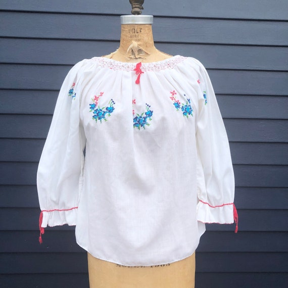 1970's Embroidered Cross Stitch Peasant Blouse S