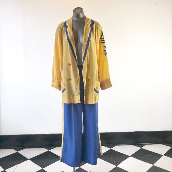 INCREDIBLE 1930's Yellow and Blue Silk Sailor Beac
