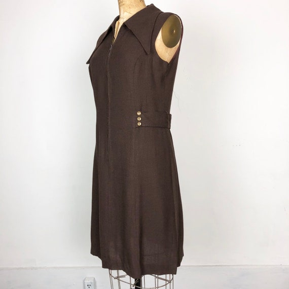 FABULOUS 1960s Brown Linen Dagger Collar Sleeveles