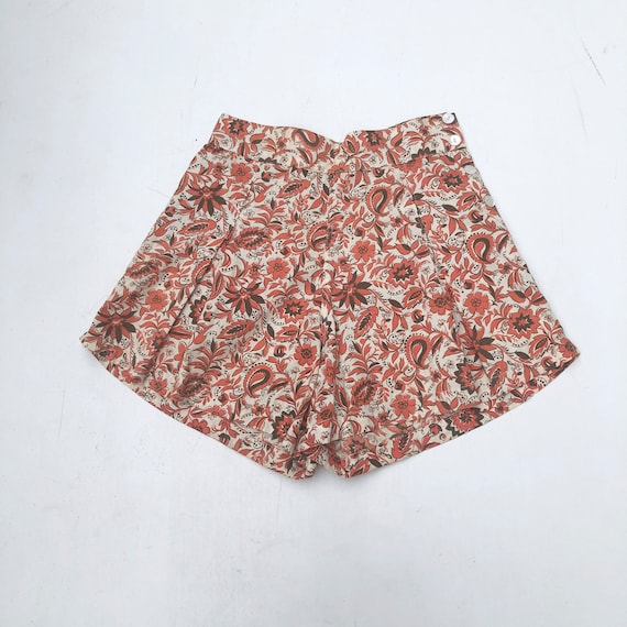FABULOUS 1940's Orange Floral Cotton Pin Up Shorts