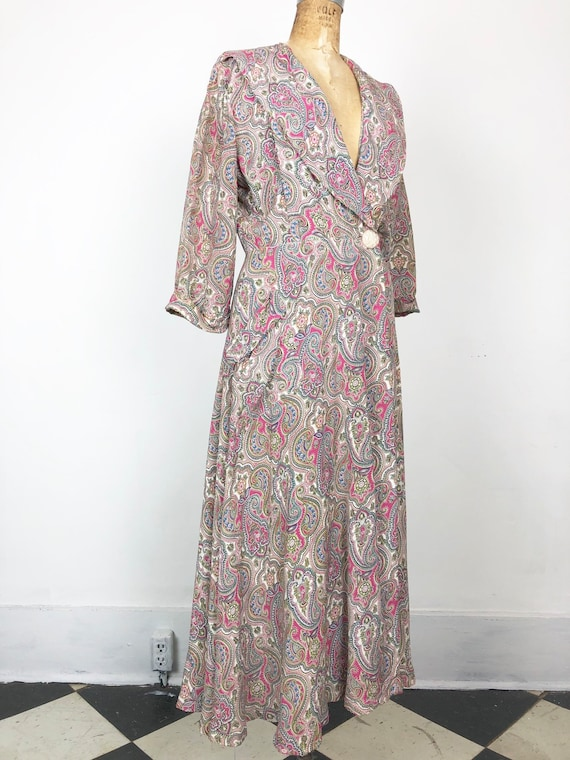 GORGEOUS 1940s Paisley Rayon Wrap Dressing Gown S