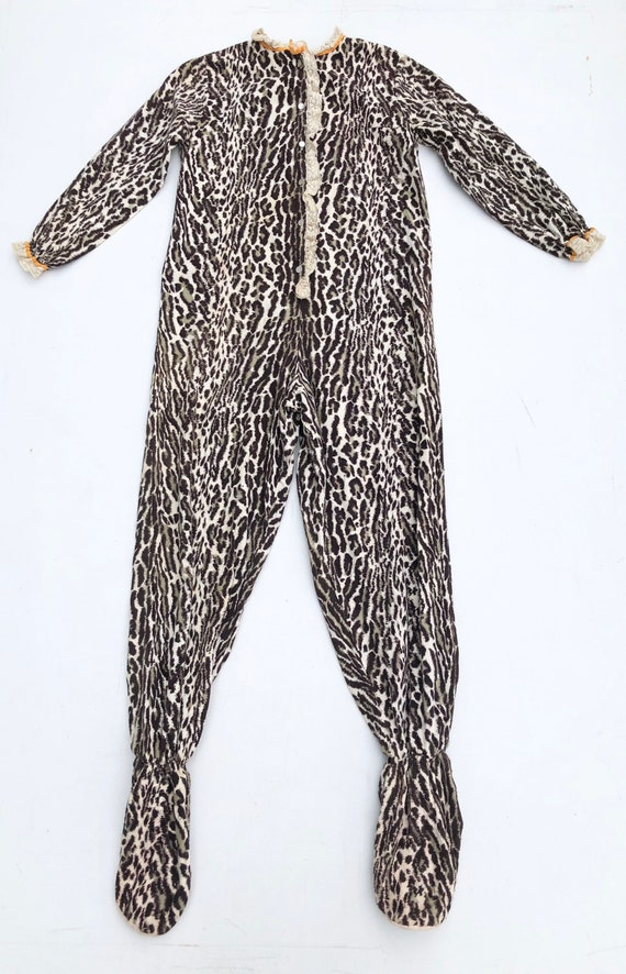 Incredible 1970s Leopard Flannel Footsie Pajamas S