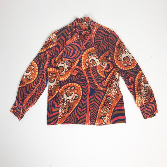 AMAZING 60's Rayon Satin Print Blouse S - image 1