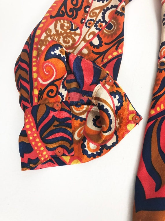 AMAZING 60's Rayon Satin Print Blouse S - image 5