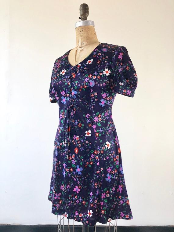 SUPER CUTE 1970's Micro Mini Floral Lace Up Dress