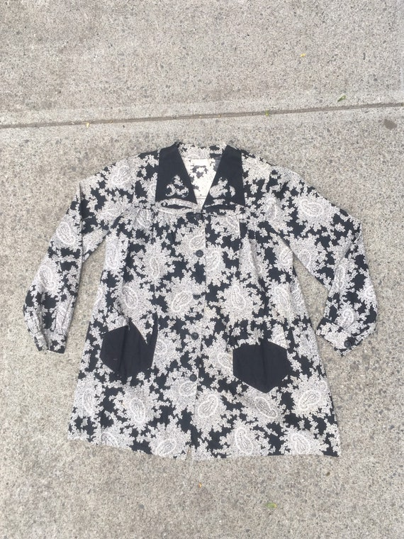 Sweet 1940's Black And White Paisley Cotton Smock