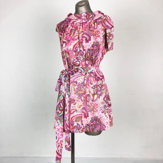 CUTE 1960s Pink Paisley Psychedelic Mini Dress M